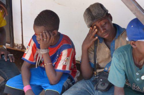 Article : La famille, l'école, la rue : une jeunesse et un avenir qui s'étouffent
